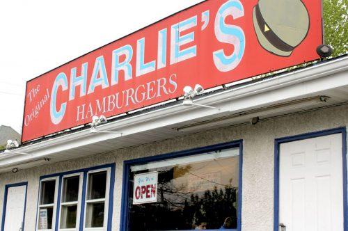 charlies-burgers